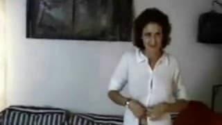 Dieses arabische Mädchen liebt Fesselspiele!