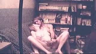 Eine Amateurin wird von ihrem Freund gefickt