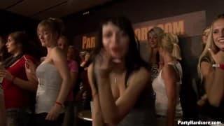 Der Nachtclub der weiblichen Freuden