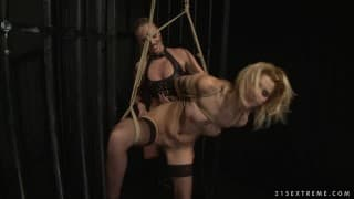 Cindy Hope und Dorina Gold in BSDM