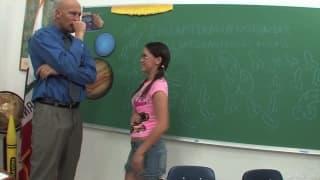 Kandi Milan - Ich ficke mit meinem Lehrer