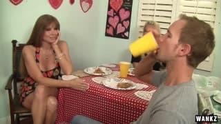 Brittany Banxxx und ihr großer heißer Arsch