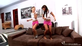 Angelika Black & Jennifer Love - Lesbenfreunde