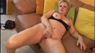 Reife Blondine hat guten Sex