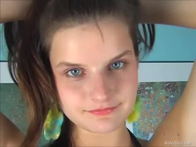 Schönes Mädchen In Pov