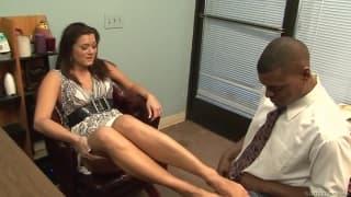 Cece Stone ist die perfekte Sekretärin für Sex