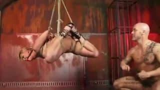 Hardcore-Sex in feuriger Bondage-Szene
