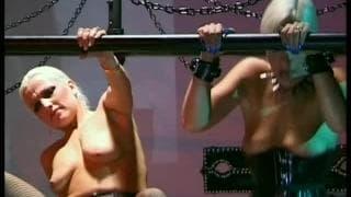 Layla Jade und Nataly Dune sind femme fatal