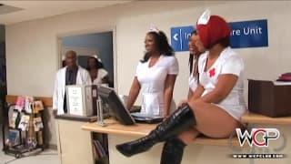 WCP CLUB - Schwarze notgeile Krankenschwestern