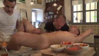 Dies zwei schwulen Köche in der Küche