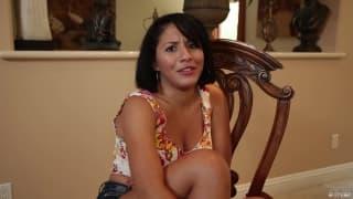 Die Latina Liv Aguilara in einer POV Szene