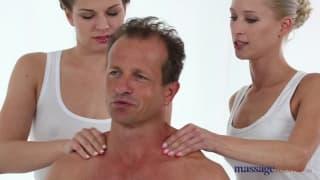 Entspannende Massage mit zwei Nutten