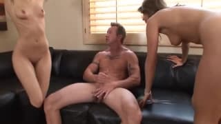 Zwei heiße Girls wollen Sex