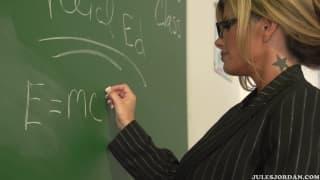 Kristal Summers will den Penis ihres Schülers