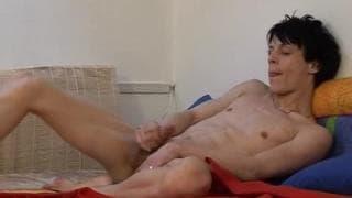 Valentino will Masturbieren