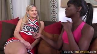 Ana Foxxx und Red Scarlet wollen Sex!