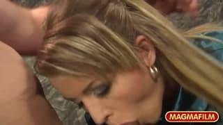 Adele Sunshine kriegt ihre Muschi gebumst