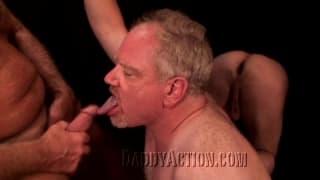 Zwei reife schwule Männer lieben Sex!