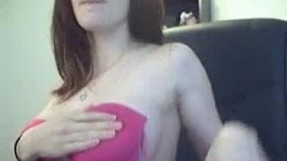 Diese notgeile Frau will ihren Körper zeigen
