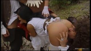 Jennifer Stone und Nikky Rider haben Sex
