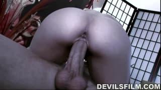 Jenna Haze bringt ihn gut zum Orgasmus