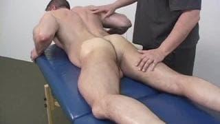 Todd Maxwell & Jake bei sinnlicher Massage