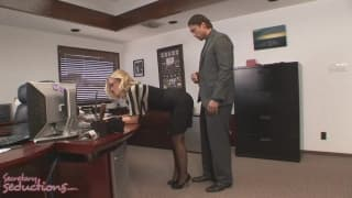 Nicole Aniston kriegt es von Rocco Reed