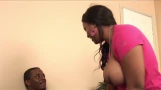Janae Foxx fickt ihren schwarzen Mann