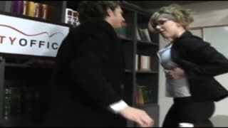 Camila lässt sich ihre Muschi lecken