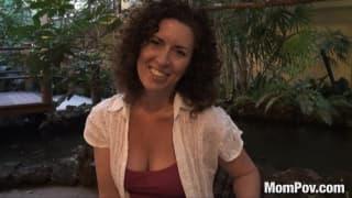Tammi Sue fickt glücklich in POV
