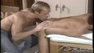 Cliff Parker bläst den Pimmel von Paul Bain