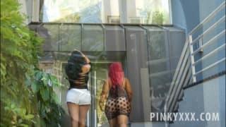 Kiara Mia und ihre Freundin Pinky beim Sex