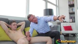 Duncan gibt alles in diesem Pornocasting