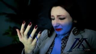 Feuergeküsste Violet Monroe bekommt ihren weißen Arsch von Mandingo zerstört