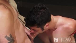 Tony Buff hat immer Spaß mit Chase Young