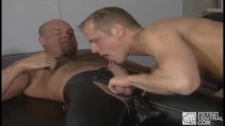Thom Barron und Zak Spears lutschen gerne