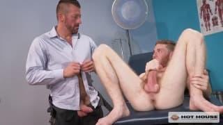 Seamus O'Reilly bekommt es von Hugh Hunter