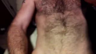 Dieser Hetero-Papa schaut gerne Pornos
